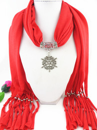 Wholesale New Design Women Necklace Scarf snow Pendant Scarf Elegant Scarves