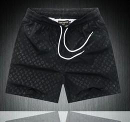 2019 Estate Nuovo arrivo Abbigliamento di alta qualità Pantaloncini da uomo FF Pantaloni da spiaggia con stampa bianca nera M-3XL in Offerta