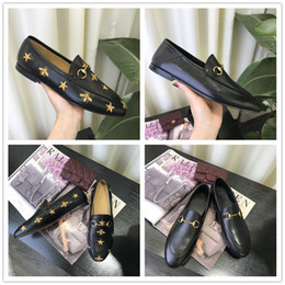 Metal Sneakers Australia - Hot Sale Classic Shoe The Bees Casual Single Shoes Designer Metal Horsebit Loafers for Good quality Women Fashion Sneakers EUR 35-40