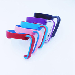 Portable car cuP holder online shopping - 20oz Plastic Drinkware Handle Colors Portable Hand Holder For Car Cups Mugs Cup Hand Holder OOA7236