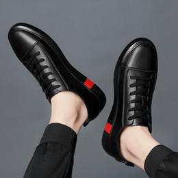 $enCountryForm.capitalKeyWord Australia - Men's Leather Casual Shoes Classic Fashion Male Lace up Flats Black White Men Krasovki Flat Heel Sneakers tenis masculino