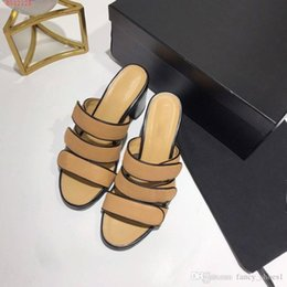 $enCountryForm.capitalKeyWord NZ - Thick and female summer wear slippers Leather rubber outsole High-heeled word mid heel black Brown Size 35-40