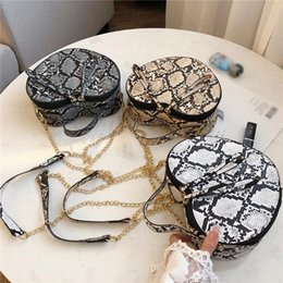 heart shaped bags wholesale NZ - handbags women bags fashion women's bag serpentine heart-shaped chain shoulder crossbody bags for women clutch
