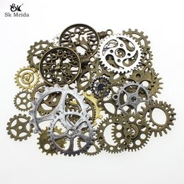 $enCountryForm.capitalKeyWord Australia - 12mm-40mm Pack Mixed Retro DIY Gear Pendants Handmade Alloy Jewelry For Supplies High Quality Accessories Wholesale HE-105
