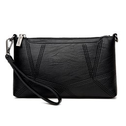 $enCountryForm.capitalKeyWord Australia - New Arrivals Women Cross Body Soft Laether Bags Geometric Pattern Vintage Classic Style Ladies Girls Love Clutch Vogue Handbags Purse