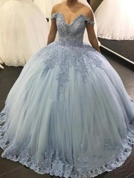 sweet 16 birthday dresses Canada - Off Shoulder Ball Gown Quinceanera Dresses 2020 Backless Lace Appliques Beaded Prom Party Gowns Sweet 16 Birthday Dress Vestido de 16 anos