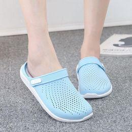 $enCountryForm.capitalKeyWord Australia - Women Clogs Jelly Sandals Home Non-slip Summer Hole Flat Slippers Plastic Female Girls Waterproof EVA Garden Shoes