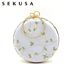 Metal Ladies Handbags Australia - Sekusa Lace Embroidery Day Clutches Diamonds Metal Round Evening Bags Flower Summer Lady Shoulder Handbags Q190429