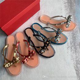 $enCountryForm.capitalKeyWord NZ - Brands Women Rivets Bow knot Flat Slippers sandals Girls Flip Flops studded Summer Shoes Cool Beach Slides Jelly Shoes 35-39