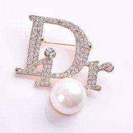 Pin Wedding Dresses Australia - Rhinestone Exquisite Bling Suit Brooches Clear Crystals Letter Brooches Brooches for Wedding Dress Brooch Pins Bouquet