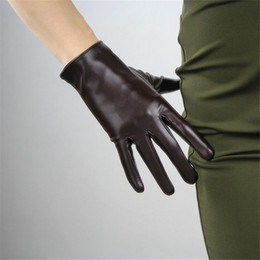 black patent leather gloves Australia - 2020 New 21cm Touchscreen Short Gloves Emulation Leather Patent Leather Dark Brown Coffee Black White Female PU Gloves WPU98-21