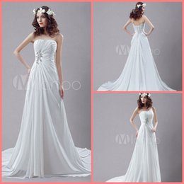 beach rhinestone wedding dress 2019 - New arrival White chiffon summer beach a line Wedding Dress Strapless Rhinestone court train Pleated Wedding Gowns best