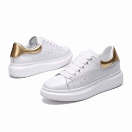 white leather athletic shoes Australia - 2019 Designer Casual Shoes for Men black white shoes Womens Fashion Party Platform Shoes Athletics flat Height Increasing leather Sneakers