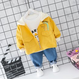 cartoon tracksuits NZ - Toddler Boy Cartoon Suit O-neck T-shirt+Hooded Coat+Jeans 3 Pieces Baby Clothes Set Autumn Newborn Cotton Casual Baby Tracksuit CJ191130