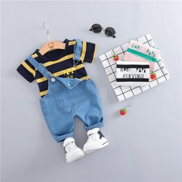 Wholesale 2019 Summer Toddler Infant Clothing Sets Baby Girls Boys Clothes Sets stripe T shirt Strap short pants Kids Children Costume