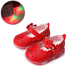 $enCountryForm.capitalKeyWord Australia - Baby Girls leather shoes Princess butterfly-knot soft Toddlers Kids casual Shoe Summer Cute Girl Shoes Kids light Sandals