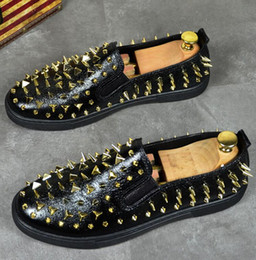 Fashionable Flat Shoes Laces Canada - Mens loafers Fashionable male shoes rivet loafers, summer breathable board shoes, hairstylist shoes, casual shoes flat shoes G5.77