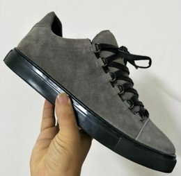 $enCountryForm.capitalKeyWord UK - 2019 New Designer Name Brand Man Casual Shoes Flat mens luxury designer sneakers Lace-up Low Cut Trainers Runaway Arena Shoes Size 46