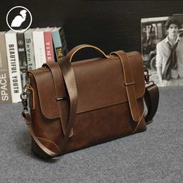 Wholesale ETONWEAG Famous Brands Cow Leather Briefcases Men Messenger Bags Brown Vintage Lawyer Shoulder Bags Luxury Business Briefcase