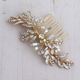 $enCountryForm.capitalKeyWord Australia - MVEXO Gold Leaves Wedding Bridal Hair Combs Vintage Crystal Pearls Hairpins Prom Party Jewelry Hair Accessories Pins for Women KMVEXO Gol...