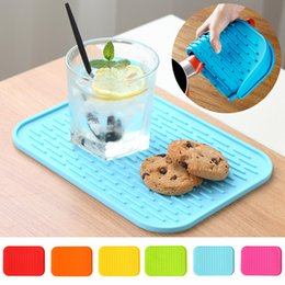 kitchen heat resistant mats Australia - Silicone Dish Drying Mats Thickness Heat Resistant Trivet Drip Tray Cup Coasters Non-slip Pot Holder Table Kitchen Accessories