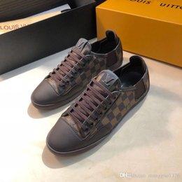 Luxo Shoes Formadores Calçados Com originais da caixa de alta qualidade Marca Mens Fashion Shoes Scarpe da uomo Rubber Soles Sneaker venda por atacado
