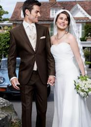 $enCountryForm.capitalKeyWord NZ - Fashion Chocolate Groom Tuxedos Peak Lapel Groomsmen Mens Wedding Dress Popular Man Jacket Blazer 3 Piece Suit(Jacket+Pants+Vest+Tie) 969