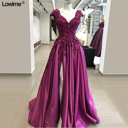 Wholesale sleeveless collared shirt plus size for sale – plus size 2020 Fuchsia D Flowers Prom Dresses Sexy High Side Split Satin Evening Gown Plus Size Lace Appliqued A line Formal Party Gown