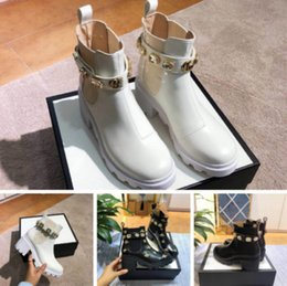 purple martin boots Australia - High-end women's shoes designer hot explosions Martin boots top quality 35-41 European station factory direct sales (with box)