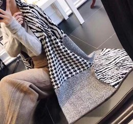blanket scarf size NZ - 2019 Fashion Winter Brand Top Cashmere Knitted Scarf Men and Women Designers Classic Blanket Scarf Scarf Pashmina Free Delivery Size 180X68