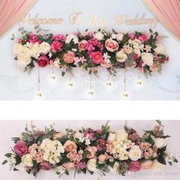 Venta al por mayor de Telón de fondo Guía de Ruta artificial de la boda del arco de flores de seda de la fila flor de Rose Fila de bricolaje decoración de la flor del arco central de la boda decorativo