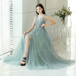 $enCountryForm.capitalKeyWord Australia - 2019 Hot Sale Grey Organza Prom Dresses Floor Length Party Gowns Deep V Neck Backless Evening Gowns Custom Simple Beads Lace Prom Dresses