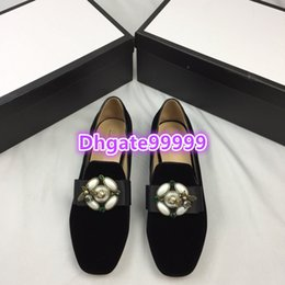 c67ff883a high end women girls round toes velvet flat shoes mules metal bee buckle  casual low heel slip-on loafers designer summer 19ss dress shoes
