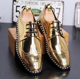 Italian Formal Shoes Australia - New Arrival Luxury Italian Men Brogue Dress Shoes Formal Business Oxfords Shoes for Men British Men Leather Flats SIZE:39-43