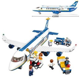 $enCountryForm.capitalKeyWord Australia - 483Pcs Set Model Building Kits Blocks Air Plane Passenger Airport City Compatible Legoings Bricks Funny Gift DIY Education Toys For Children