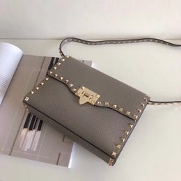 Gold Handles Australia - 2017 New Fashion Handbag Golden rivet Bags Handle Desiigner Inspired Valentines Day Rivet Rockstyd Clutec Bags GOLD SILVER RED PINK COLOR