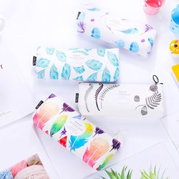 fantastic bags NZ - New Vintage Creative PU Stationery Bag Trend of Color Ship Type Storage Bag Students Feather Print Large Capacity Pencil Case
