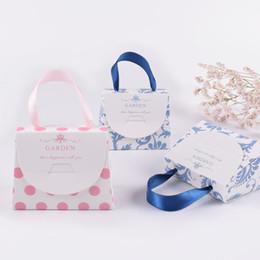 Custom lipstiCk online shopping - Spot Korean design small hand gift box mini lipstick box custom paper folding gift box