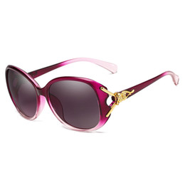 Unique Sunglasses Lenses Australia - 2019 unique design golden flower frame sunglasses women's brand fashion glasses female summer beach oval rose glasses HD sunglasses send box