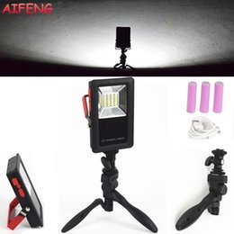 Wholesale AIFENG W Led Portable Spotlight Modes Battery Rechargeable Led Floodlight Foldable Stand Emergency Portable Spotlights