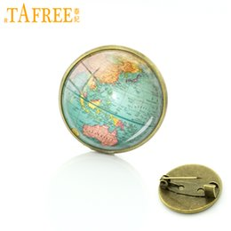 $enCountryForm.capitalKeyWord Australia - TAFREE Hot selling Earth brooch pins globe world city map jewelry Glass tile pins New York Boston map badge for men women D724