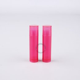 red plastic lips Canada - Wholesale Makeup Tool For Women 100 x 5gram Plastic Lip Balm Tube Red Lipstick Bottle 5cc Lip Balm Stick Packaging Free Shipping