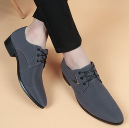 $enCountryForm.capitalKeyWord NZ - Hot Sale Men Summer Cloth Breathable Leather Shoes Pointed Toes Lace-Up Flat luxury Italy Men Prom Party Wedding Christmas Dress Shoes