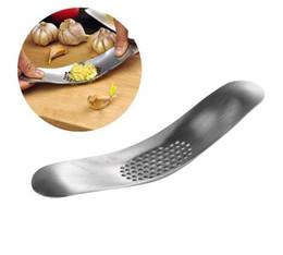 $enCountryForm.capitalKeyWord Australia - Stainless Steel Garlic Press Grater Grinding Slicer Mincer Ginger Crusher Chopper Cutter Kitchen Gadgets Cooking Accessories