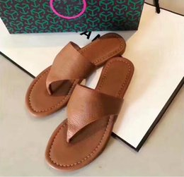 cheap slide sandals Australia - Cheap Best Men Women Sandals Designer Shoes Luxury Slide Summer Fashion Wide Flat Slippery Sandals Slipper Flip Flop With Box Size 35-42