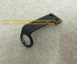 Bracket Needle Bar Hubwerksbüchsenhalter für Tajima China Feiya ZGM Stickmaschine Ersatzteile von Sotre 736750 angeboten