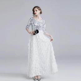 45837b8639 8 Fotos Blanco cena vestidos de fiesta mujeres online-Vestido largo de  noche elegante para mujer Plumas