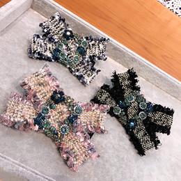 $enCountryForm.capitalKeyWord Australia - Luxury Rhinestone Women Barrettes Fashion Bow Tie Wedding Hair Clips for Lady Vintage Fabric Designer Barrettes for Valentine's Day
