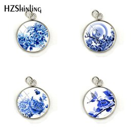 Chinese Porcelain Pendants UK - 2019 New Fashion Chinese Style Blue Flower And Bird Porcelain Pendant Charms Jewelry Handmade Glass Dome Charm Accessories
