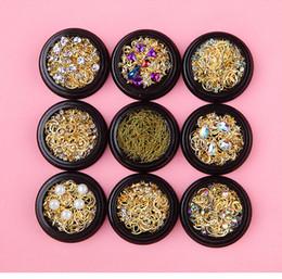 Japanese Box Set Australia - New Nail Star Moon Jewelry Mix Box Set Japanese Pop Copper Round Rivet Sequins Nail Drill Ornament